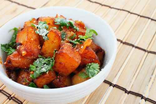 http://www.simplecomfortfood.com/images/chili-potatoes.jpg