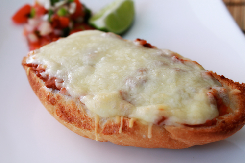 Molletes – Mexico's take on French Bread Pizza