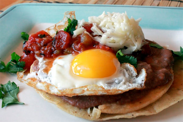 Mexican Huevos Rancheros Recipe