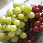 Recipe for making frozen seedless grapes