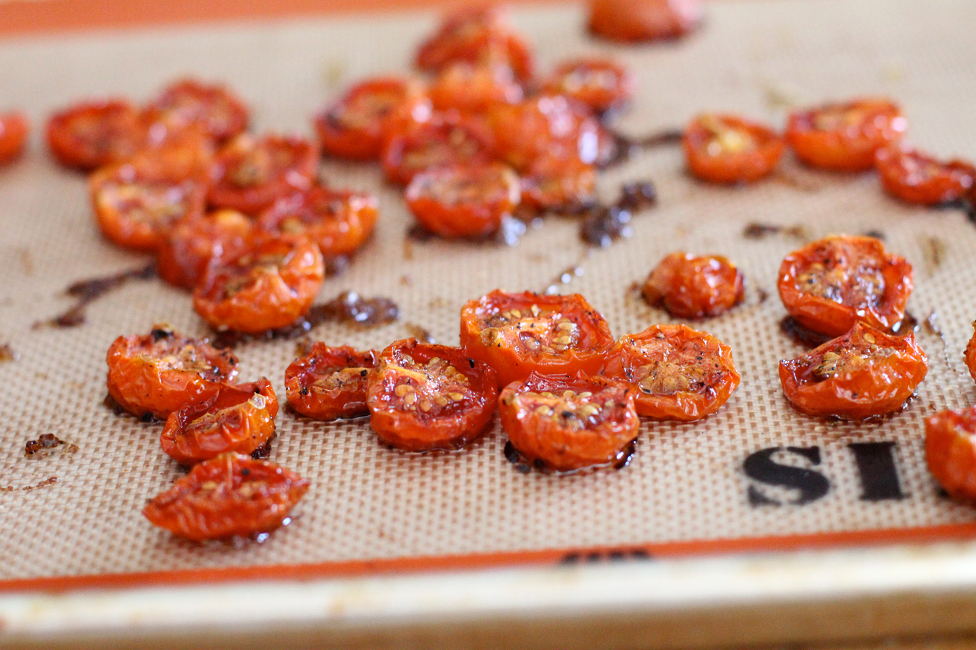 How to bake tomatoes