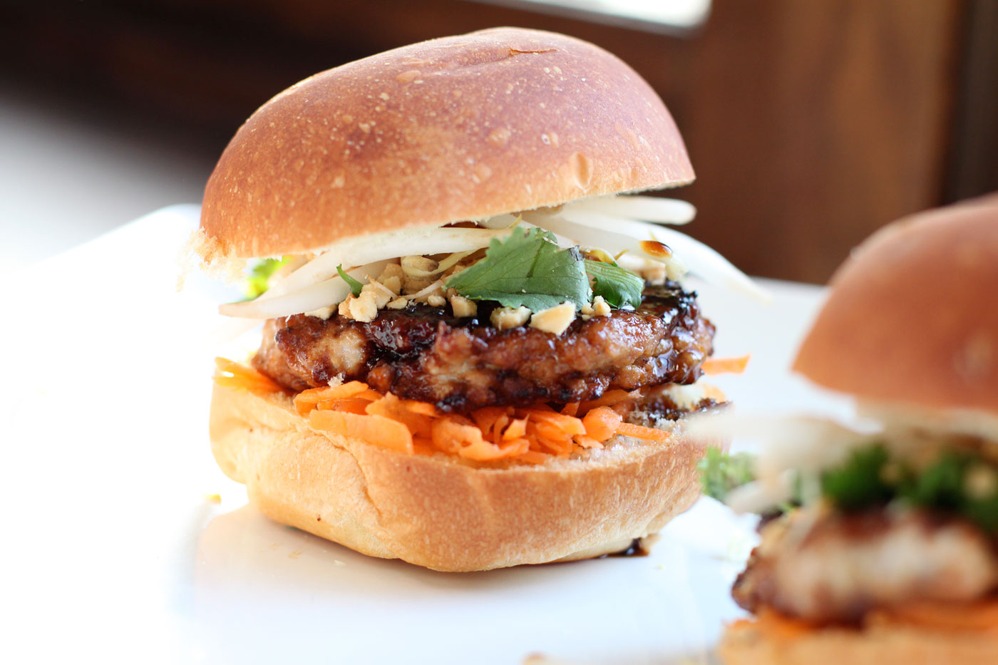 These sliders are everything you would expect from an awesome pad thai ...