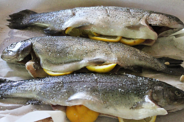 baked-whole-trout-ingredients