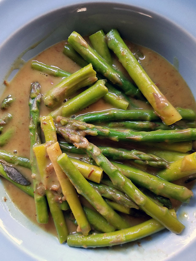 Thai Curry Asparagus