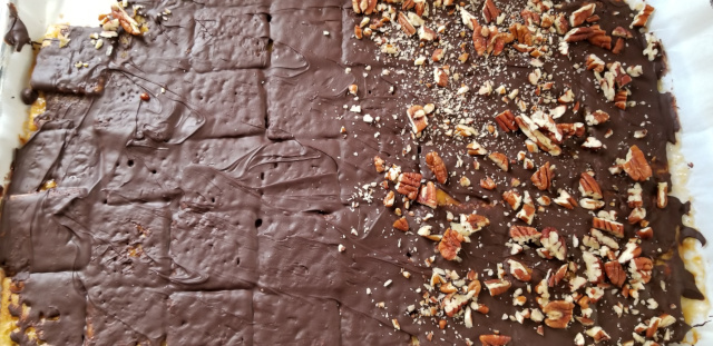 Toffee Saltine Bars with Chocolate and Nuts