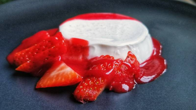 Panna Cotta with Strawberries Recipe