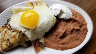 Huevos con Tacos (Tacos with Eggs)